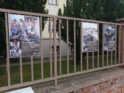 Výstava na plotě – Boty